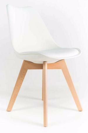 sillas con patas de madera